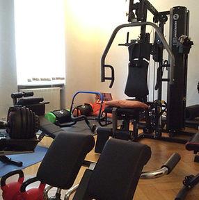Praxiseinrichtung Fitnessgeräte Physiotherapie Praxis Paulius