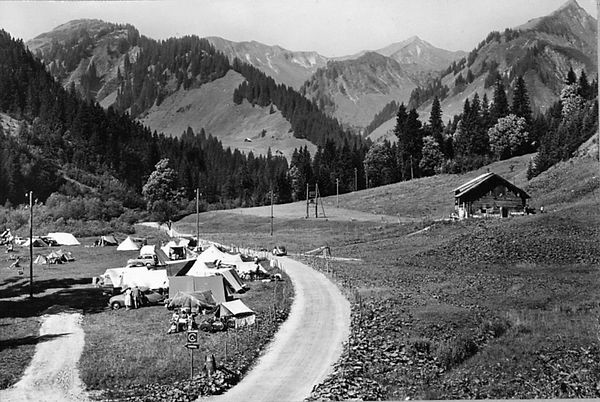Vorderboden Alpe mit Camping 1957