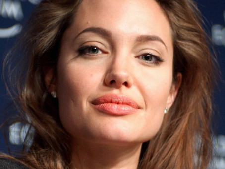 If Going through a Divorce, Take it from Angelina: Find Your Cooking Class!