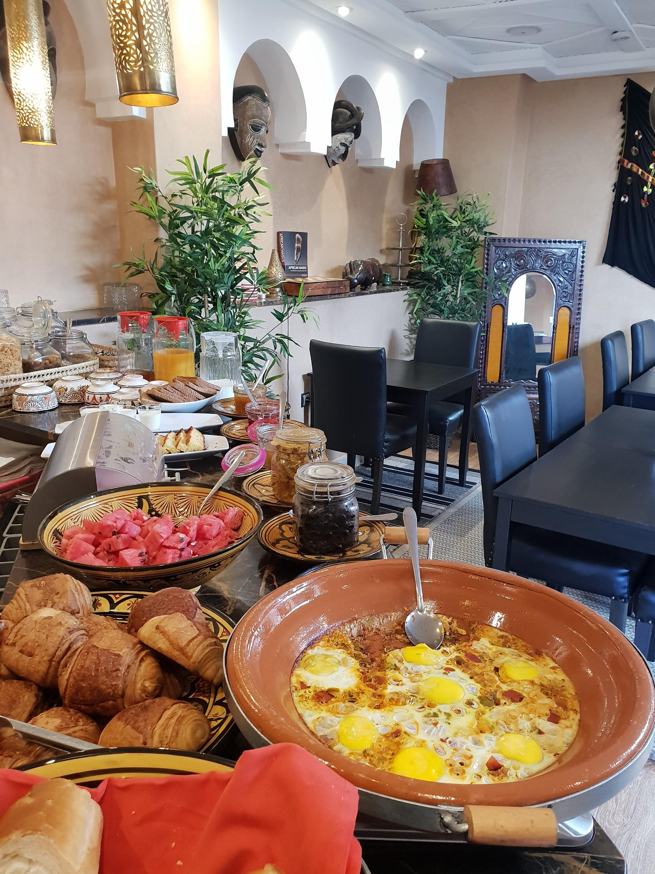 Riad Africa - Restaurant Breakfast (1)