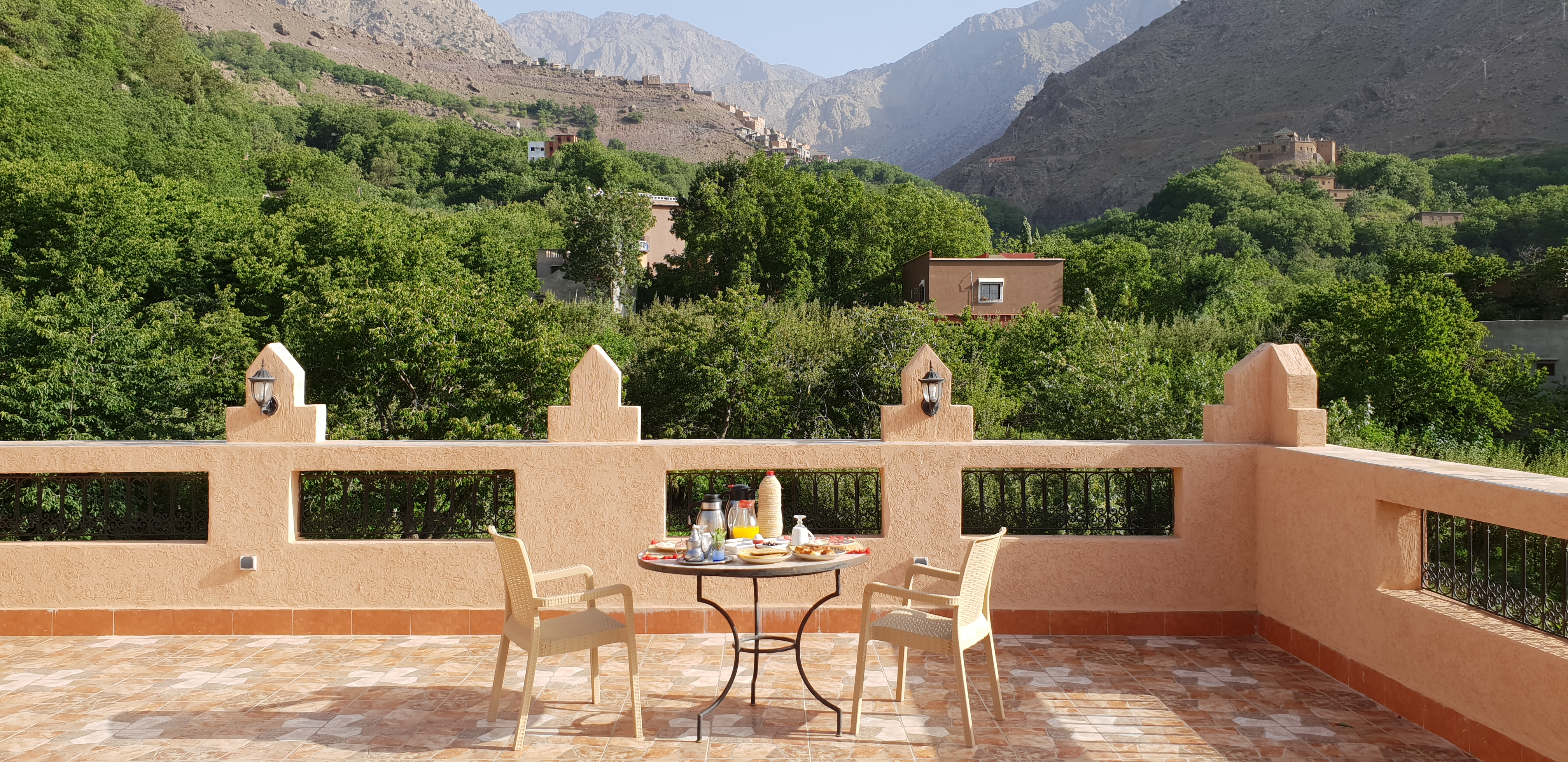 Dar Assarou's Terrace With A View Of Toubkal