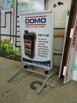 Domo+Stand+Display