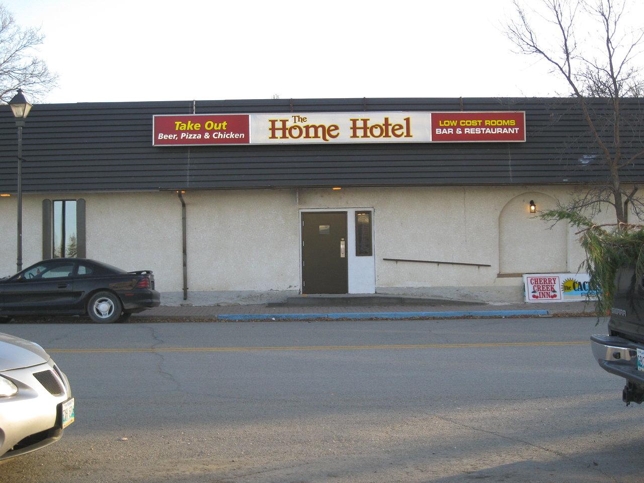 Home Hotel - Boissevain