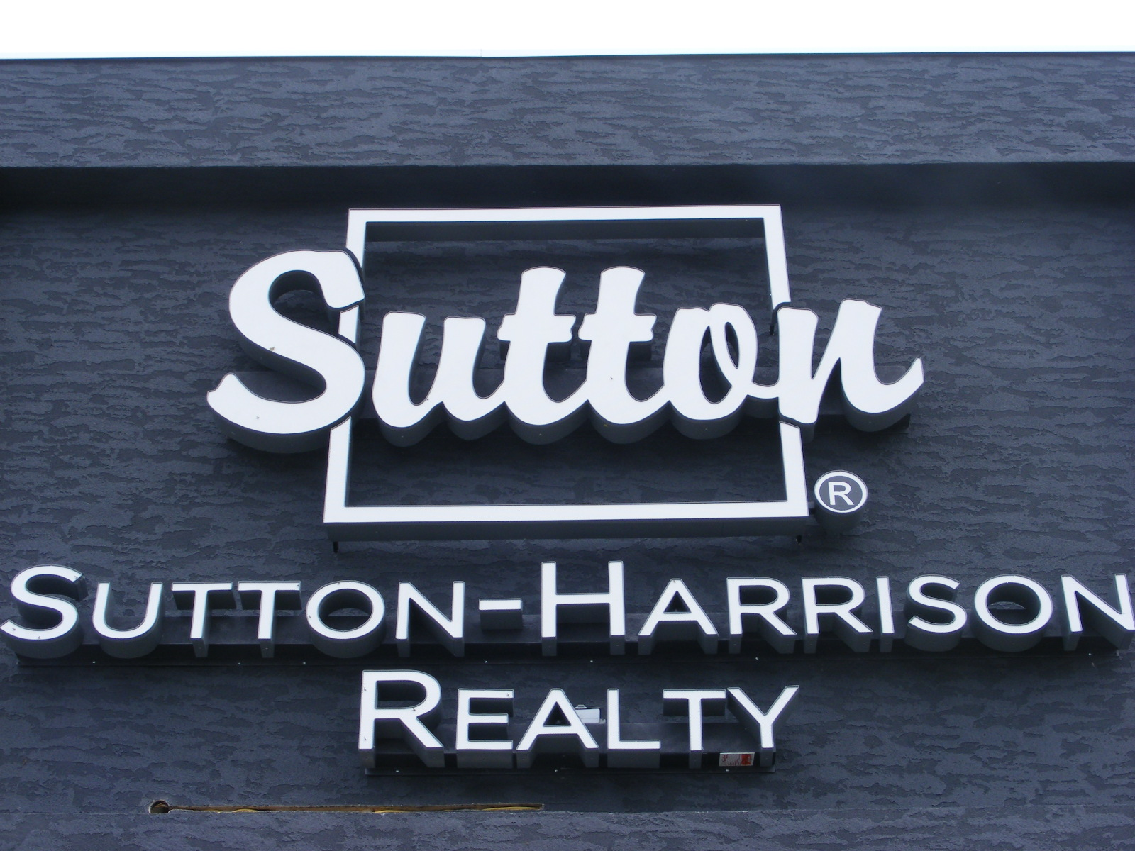 sutton+harrison+realty