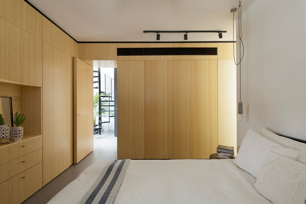 wood veneer Minimalistic Bedroom