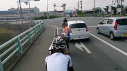 ツーリング ロードバイク 自転車