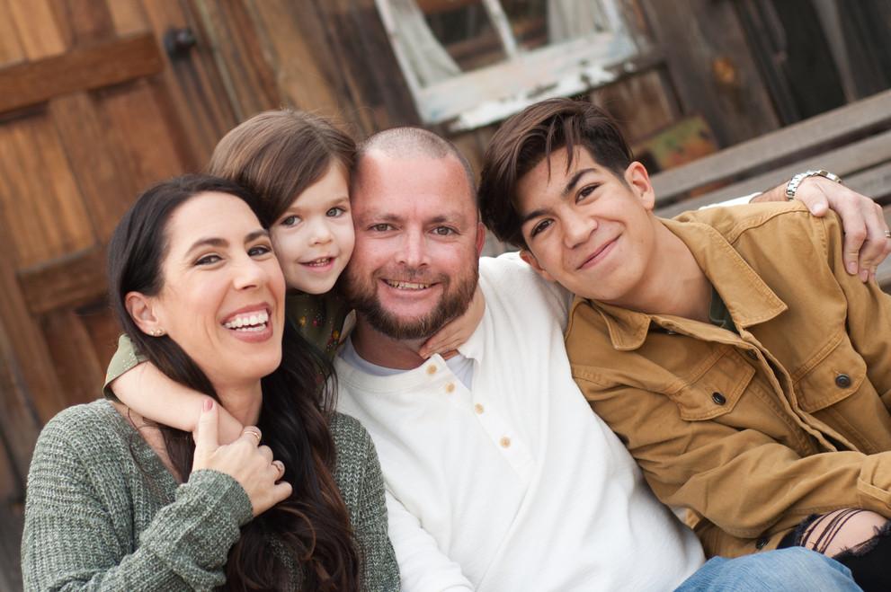 Family Pics 2018-3 FINAL-0028.jpg