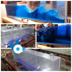 Acrylic seesaw wave maker