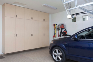 Maple Garage Floor to Ceiling with Blue