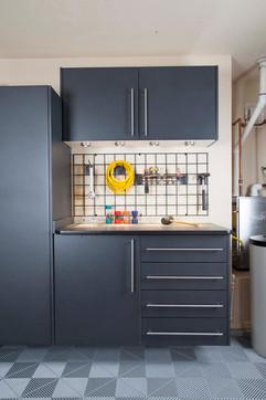 Granite Workbench with EbonyStar-Grid wi