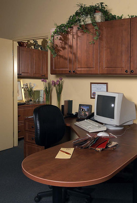 Warm Cognac Peninsula Desk Raised Panel