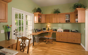 Candlelight Office in Raised Panel Grn W