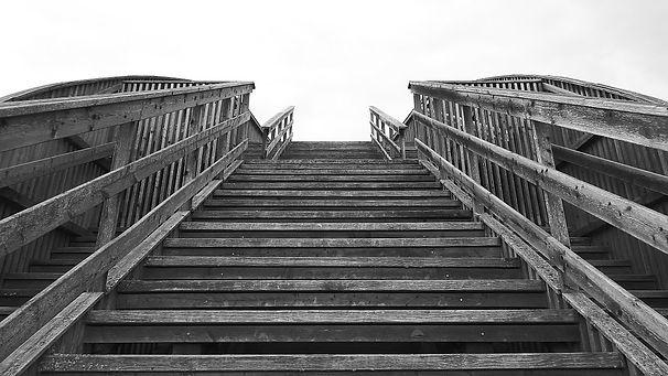 stairs-838112_960_720.jpg