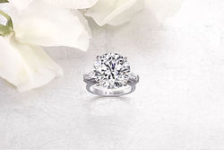 graff-wedding-ring-2000x1333.jpg