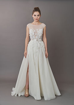 Antonio Gual Wedding Dress