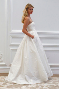 ANNE BARGE PRESENTS SPRING 2016 COLLECTION AT NEW YORK BRIDAL MARKET