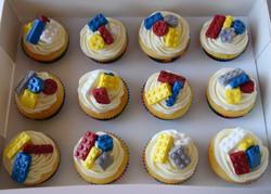 Buttercakes, Lego Theme