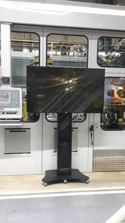 NEC Display Messe Montage Rollwagen