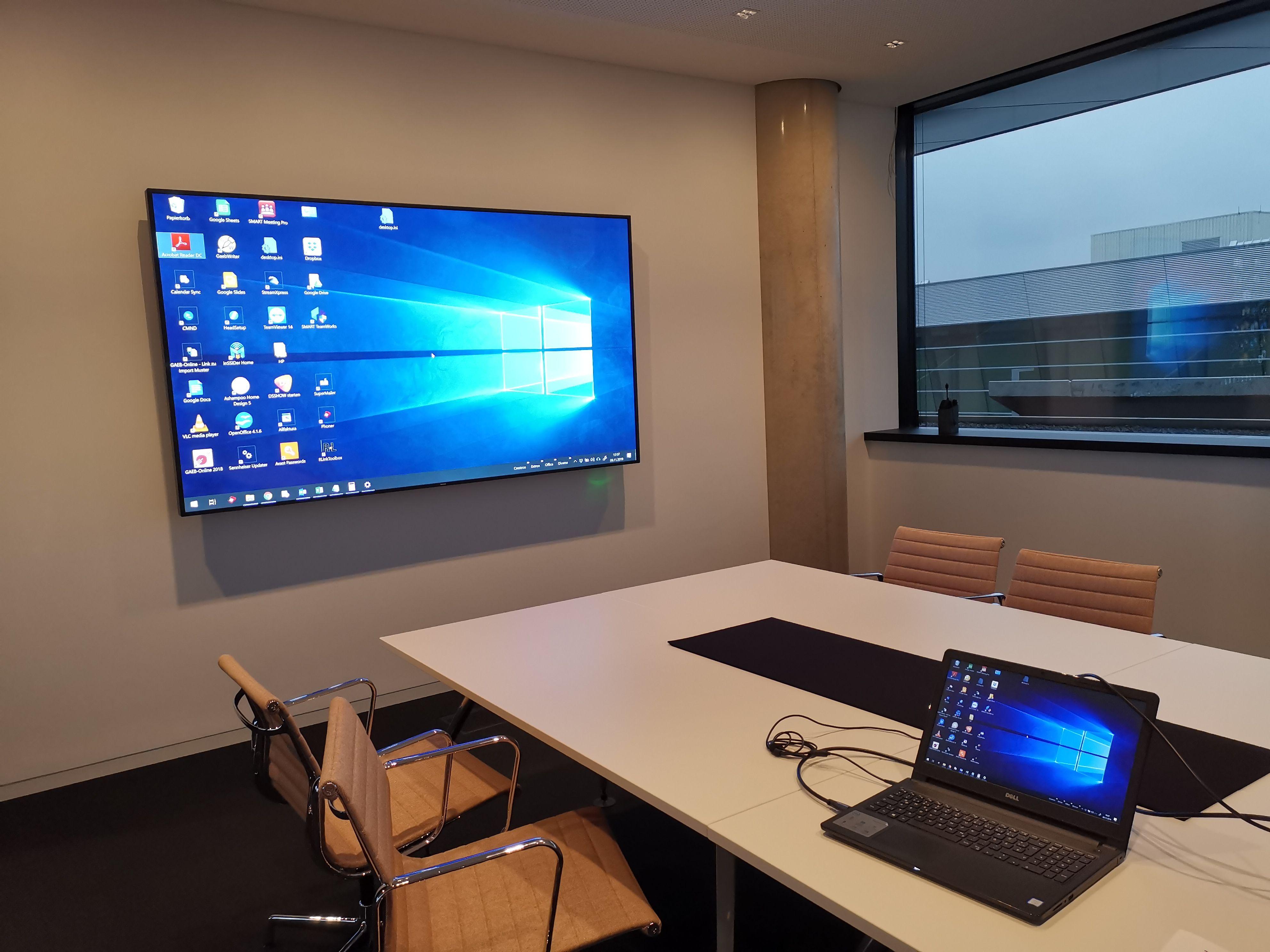 Philips Display Montage Jettingen