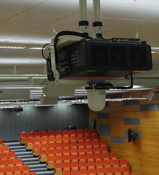 Panasonic Beamer Hörsaal