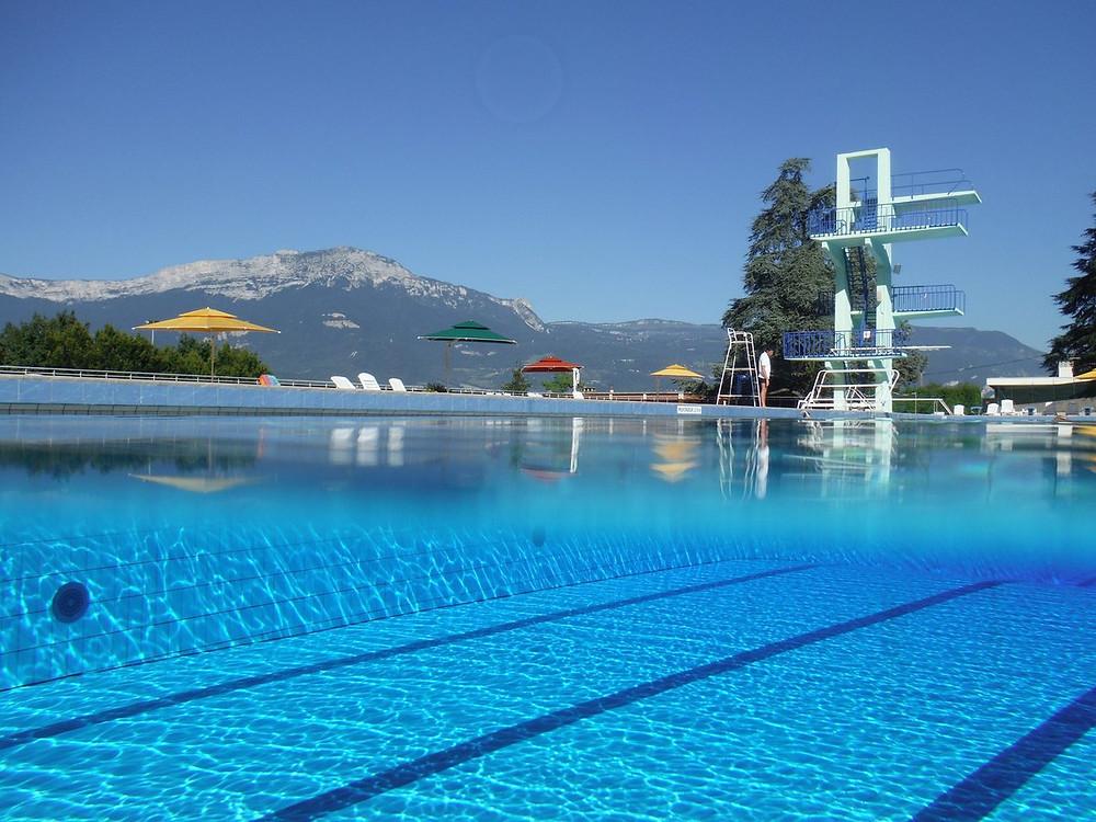 Pool Grenoble Summer Eybens Tourism
