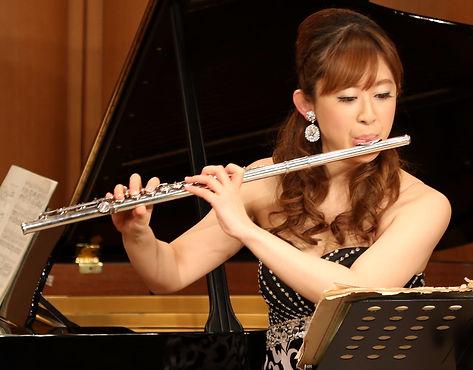 flutist tomoko manabe