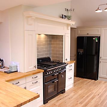 Real Kitchens Bridgend Appletree Kitchens