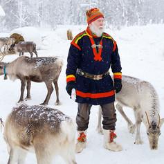 Sami_reindeer_experience_Arctic_Retreat_