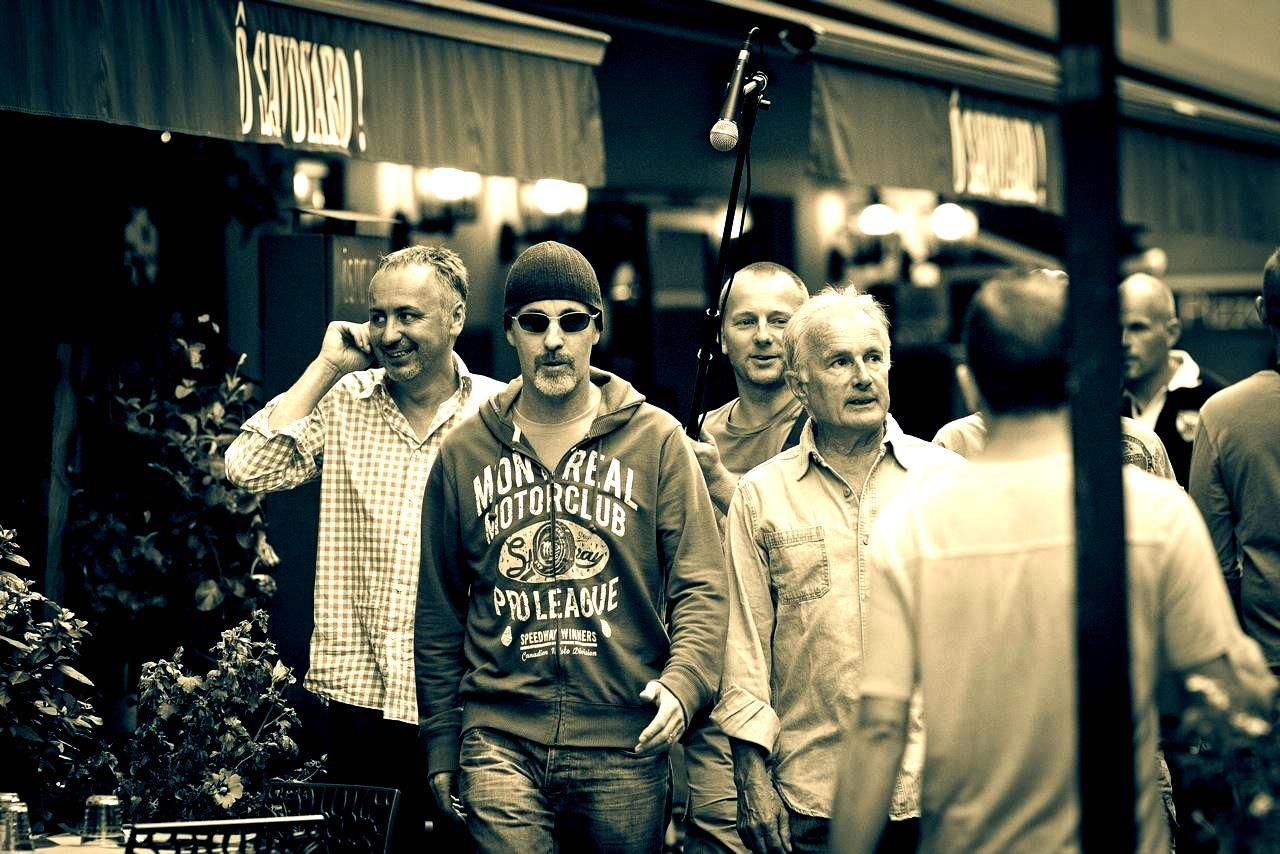 EDGE 4 U2