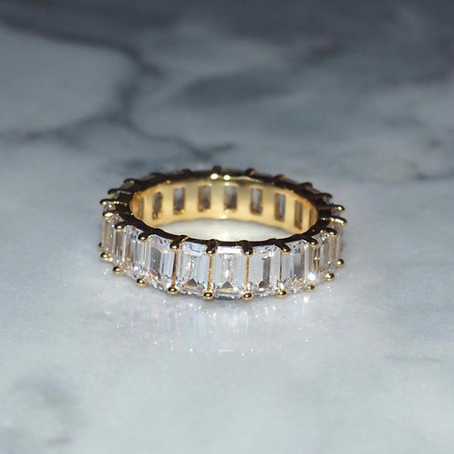 'FIONA' ring (pre-order)