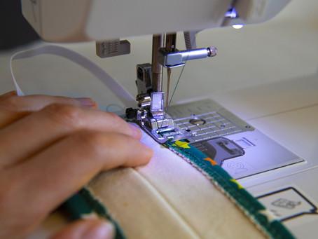 Fabriquer ses masques en tissu à la machine à coudre (bon pour la santé et pour la planète)