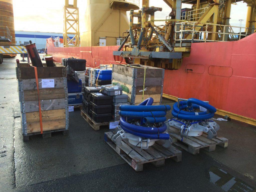 Mobilisation of equipment