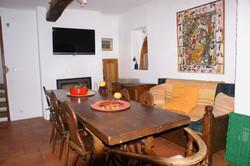 salle à manger, canapé et Avril