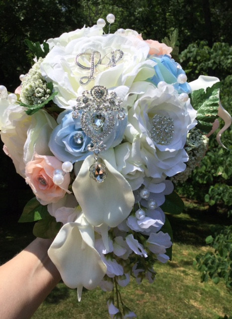 Bridal Cascading Brooch Bouquet