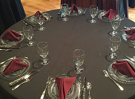 guest table dinner setting