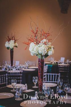 Stunning Winter Wedding Centerpieces!