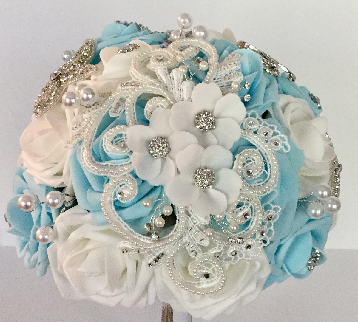 Beautiful Applique Brooch Bouquet