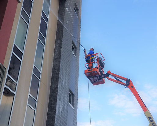 Pressure Washing Services - Fort Myers, Naples, Cape Coral.jpg