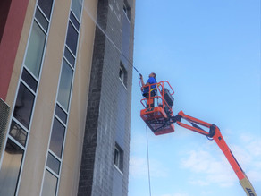 Get Rid of 2020's Dirt & Grime With Our Pressure Washing Services