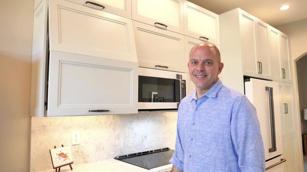 3. Kitchen on Caraway Lakes Dr., Bonita Springs