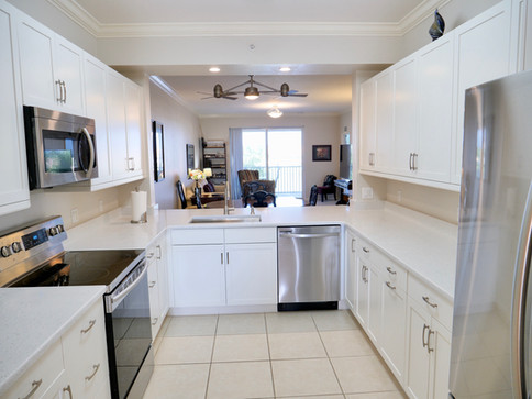 13. Kitchen in condo at 8450 Kingbird Loop