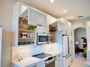 4. Kitchen on Caraway Lakes Dr., Bonita Springs
