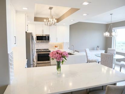 20. Kitchen in condo at 4761 West Bay Blvd