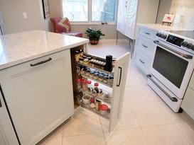 10. Kitchen on Caraway Lakes Dr., Bonita Springs