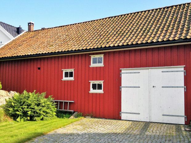 Bryggerhus med assymetriske vinduer  .jpg