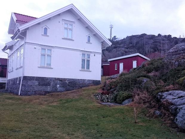 Vakkert og veldig typisk byggmesterstil hus.