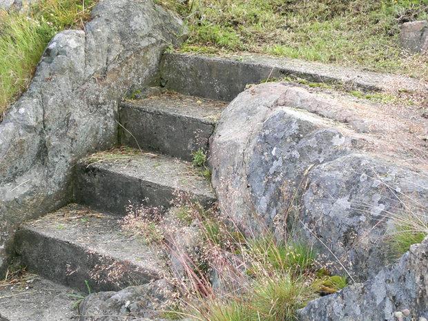 Trapper i fjellhager i Nevlunghavn