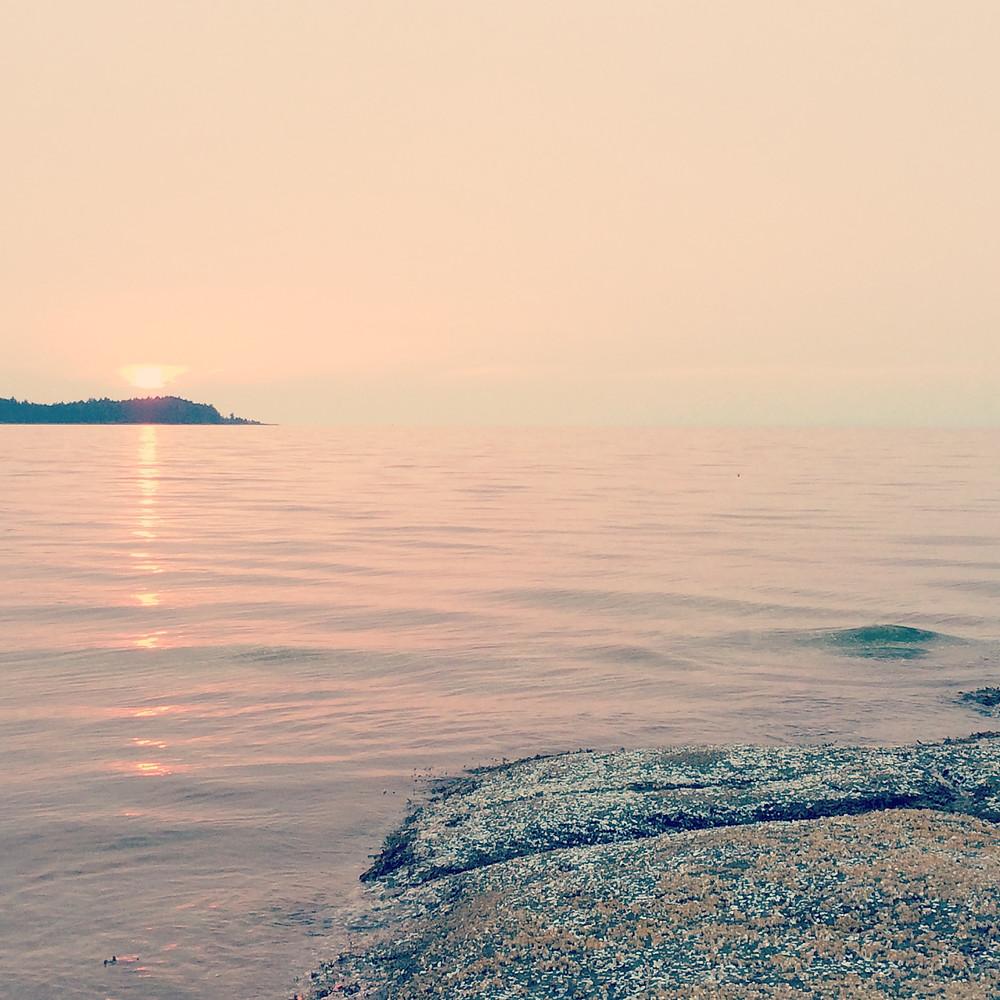 Vancouver island Canada sunset coucher de soleil rose méditation joie actes lumière aude lechrist