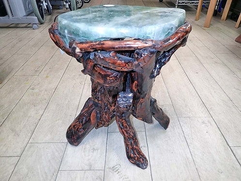 フローライトの椅子