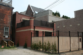 Construction completed on Spadina Ave. residence